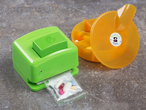 Personal pill pack system by pillsuite the grommet solutioingenieria Gallery
