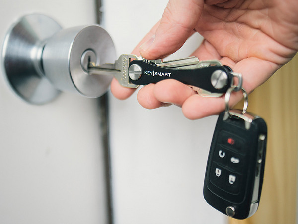 Compact Extended Key Organizer Amp Holder By Keysmart The