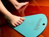 Squatchi: Children's Shoe Sizer