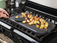 Little Griddle: Ceramic Double Burner Griddle