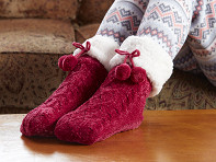 PUDUS: Chenille Cable Knit Slipper Socks