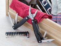 Wild & Wolf: Plier and Screwdriver Multi-Tool