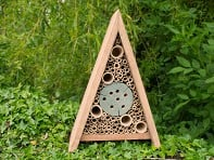 Wildlife World: Insect Hotel