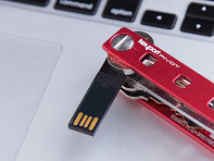 Keyport: 8GB USB Flash Drive Insert