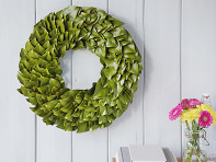 The Magnolia Company: Natural Magnolia Leaf Wreath