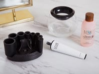 Luxe: Makeup Brush Cleaner