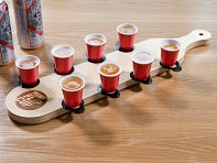 Mini Beer Pong: Mini Flip Cup