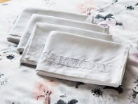 Madison and White: Clean Skin Bamboo Pillowcase Set