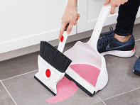 Wallybroom: Rotating Wet & Dry Broom and Dustpan