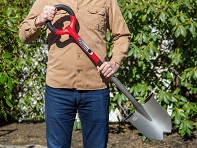 Radius Garden: Root Slayer Round Head Shovel