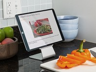 Slope: Micro-suction Mobile Device Stand