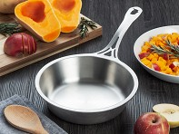 nöni by SOLIDTEKNICS: Stainless Steel Sauteuse Pan