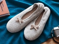 Quinn Apparel Inc.: Cashmere Slippers