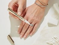 Baublerella: Bling Brush Jewelry Cleaner Pen