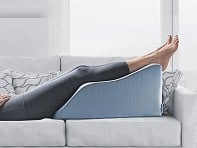 Lounge Doctor: Elevating Leg Rest With Cooling Gel