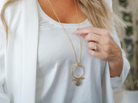 Moderne Monocle: Luna Monocle Necklace