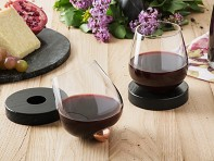 Aura Glass: No-Spill Aerating Wine Glass