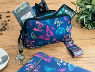 Slick Lizard Design: Neoprene Mobile Wristlet