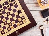 Square Off: Automated Electronic Chess Board