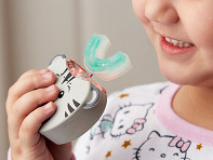 AutoBrush: Kids Automatic Mouthpiece Toothbrush