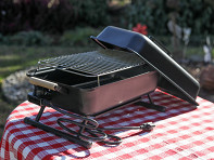 Neuman's Grill: Quick Start Portable Charcoal Grill