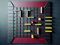 Gigamic: Quoridor Wooden Strategy Game