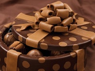 DeBrand Chocolates: Handmade Chocolate Art Box