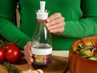 Salad Zinger: Dressing Infuser