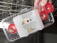 Jeweler in the Dishwasher