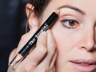 The BrowGal: Eyebrow Highlighter Pencil