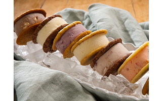 Nye's Cream Sandwiches