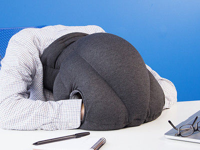 Ostrich Pillow: Power Nap Pillow