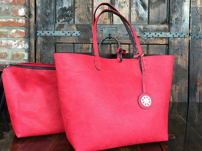 Sydney Love: Reversible Tote & Shoulder Bag Set