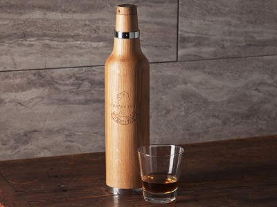 Oak Bottle: Oak Infuser