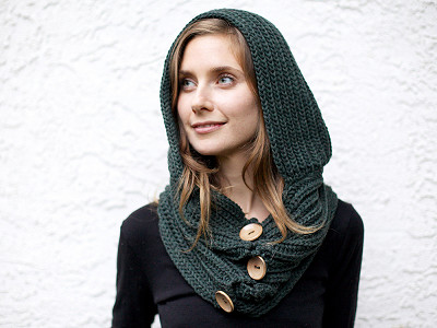 Wild Mantle: Windy Hooded Scarf
