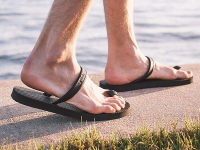 Gurus: Men's Natural Rubber Sandals