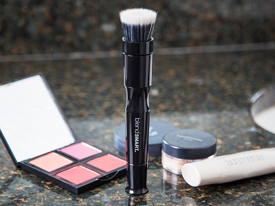 blendSMART: Rotating Makeup Brush & Extra Head