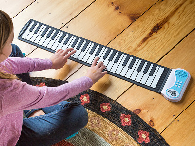 Rock And Roll It: Flexible Roll-Up Piano