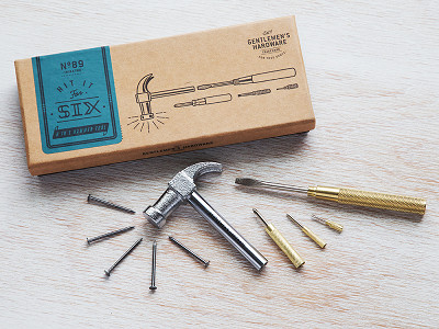 Wild & Wolf: Hammer and Screwdriver Multi-Tool