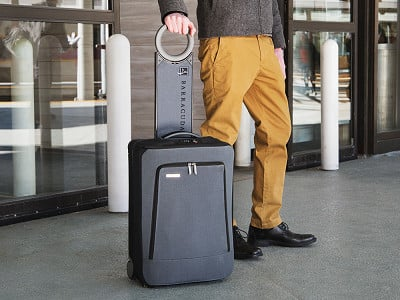 Barracuda: Collapsible Multi-Feature Suitcase