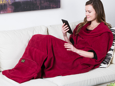 Smart Blanket: Wearable Travel Blanket