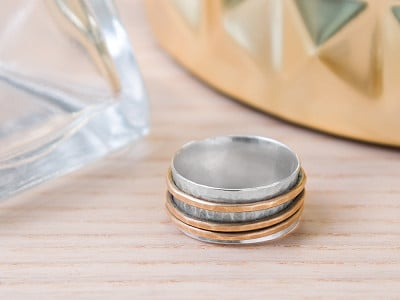 Magpie Creative: Hammered Spinner Ring