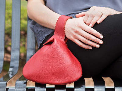Rubyzaar: Handcrafted Leather Drop Bag