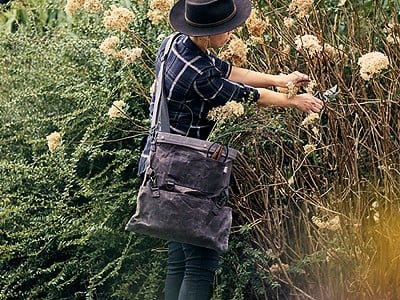 Barebones Living: Harvesting & Gathering Bag