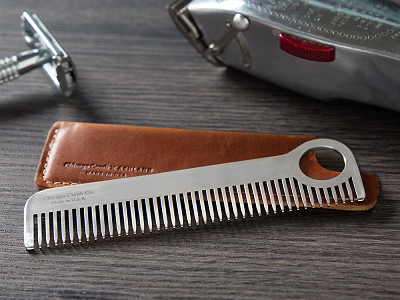 Chicago Comb Co.: Comb Model No. 1 & Sheath