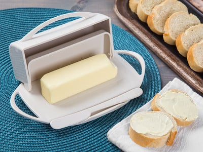 Butterie: Flip-Top Butter Dish & Spreader