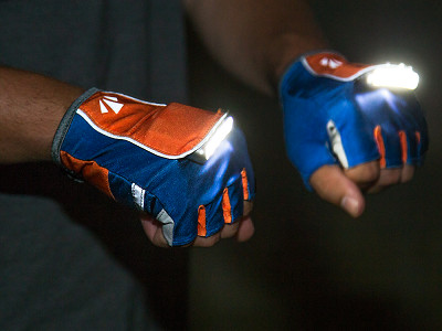 RunLites: Rechargeable Lighted Gloves