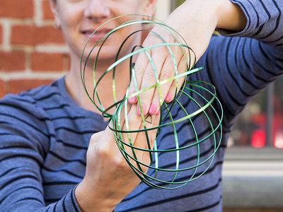 MOZI: Arm Spinner Toy