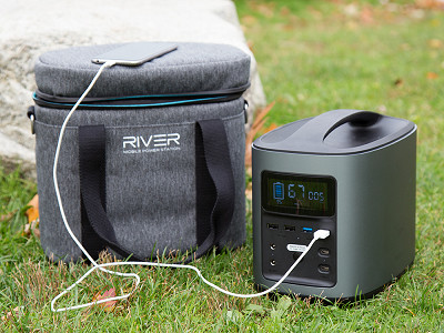 EcoFlow Tech: River Mobile Power Station & Case