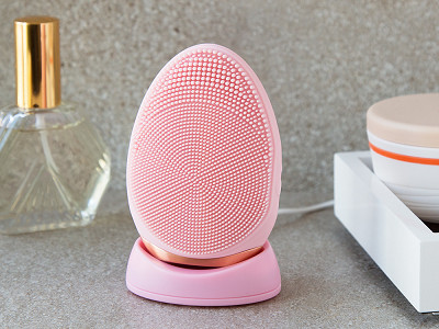 Nion Beauty: Elite Silicone Electric Face Brush